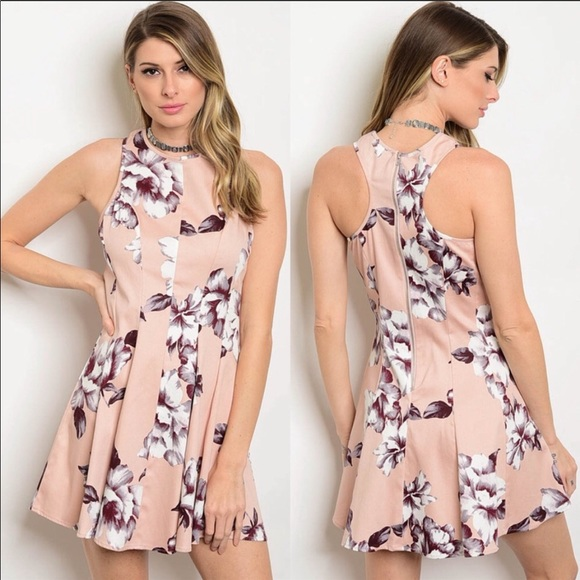 e9cc2266f49 Sleeveless floral fitted dress. Boutique. Hollywood Rage Wholesale
